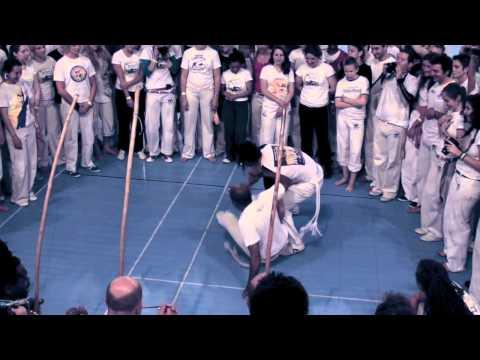 Biriba Brasil Rouen 2013 Part III Roda 30 anos de capoeira Mestre Jorge