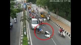 Triple riding - escape from police | Caught on CCTV Cam | Live Accidents in India | Tirupati