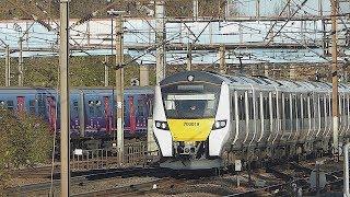 Thameslink Class 700 passes Finsbury Park (23/11/17)