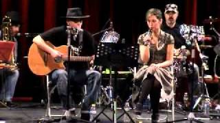 Caballero Reynaldo & The Grand Kazoo - Eat That Question.mov