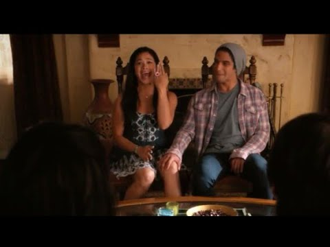 Jane the virgin  Jane and Adam wanted to get married Tyler Posey janethevirgin