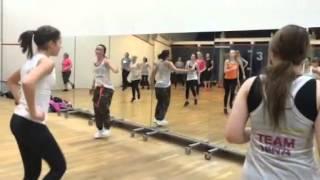 Hulapalu - Zumba Fitness (R) Choreo by Nina Becker