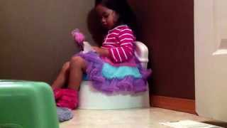 Potty training my 3 years old daughter... She did it!