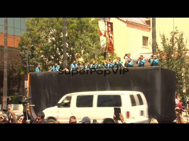 ATMOSPHERE: Mariachi musicians at Pepe 'The Voice' Aguila... Travel Video
