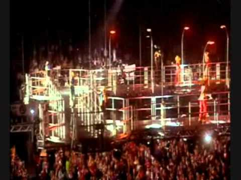 S Club 7 -05- Reach (for the stars) [Live Version]
