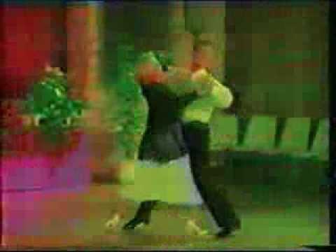 Universal Quickstep Sequence Dance