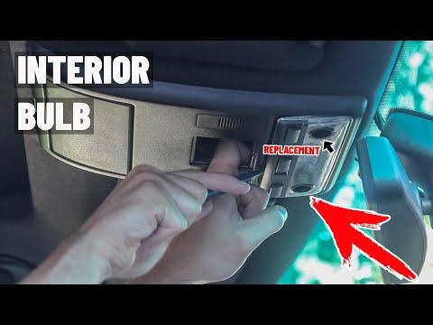 Замена ламп в плафоне BMW X5 E53 E39 как снять фонарь подсветки салона