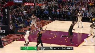 2nd Quarter, One Box Video: Cleveland Cavaliers vs. Milwaukee Bucks