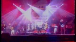 Смотреть клип Александр Иванов И Группа «Рондо» - Нас Венчает Гроза