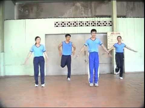 Bài thể dục nhịp điệu nữ lớp 12