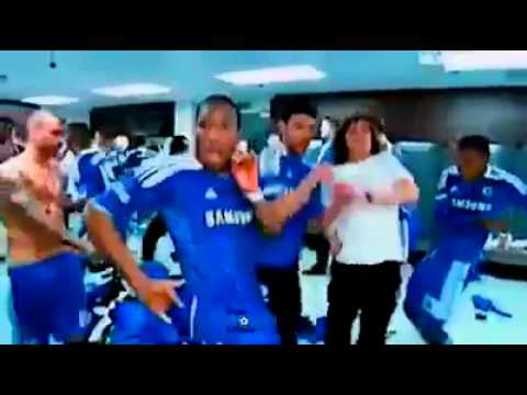 Chelsea FC players dancing the african way (Drogba way)