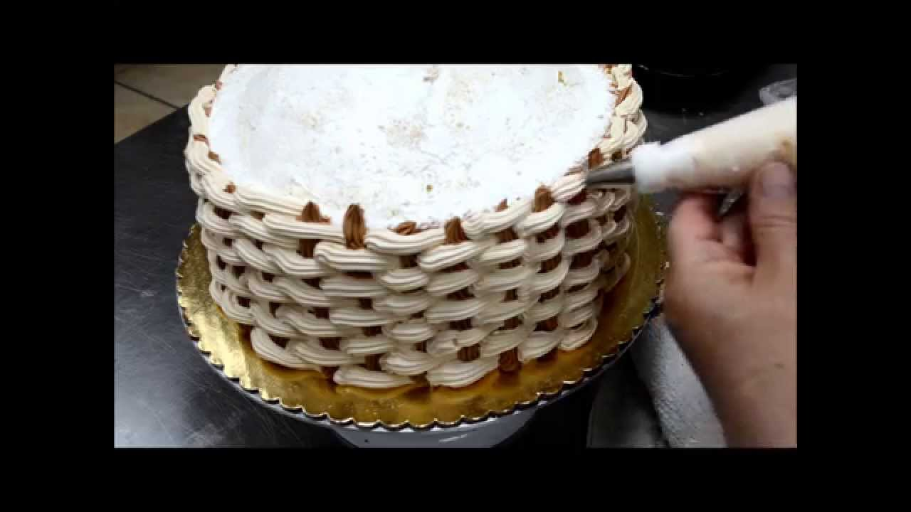 How To Make Chocolate Flower Basket : How to create a basketweave for cake decorations flower