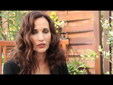 Interview d'Andie MacDowell sur Cannes I Come