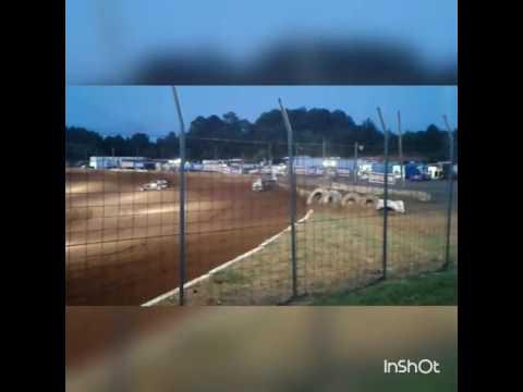 Big block modified Cherokee speedway hard crash