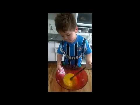 Receita de bolo do Bernardo...