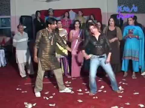 Muridke dance awain te nayi dhola tere piche pich