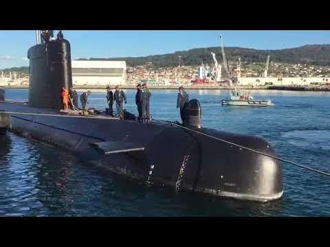 El submarino Mistral de la Armada hace escala en Marín
