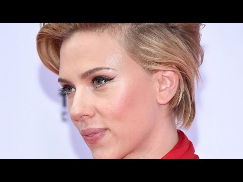 Why We Never Hear About Scarlett Johannson's Twin