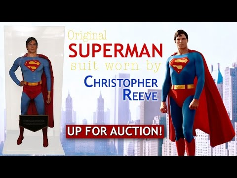 Original Superman Suit Worn by Christopher Reeve up for Auction!