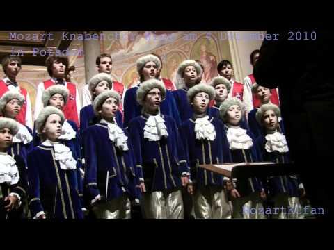 Mozart Knabenchor Wien (December 4, 2010)  - Wiener folksong
