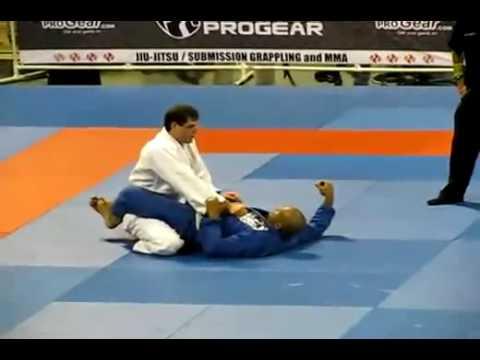 Roger Gracie 2009 Mundial Highlight Jiu Jitsu