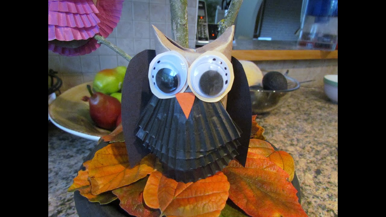 How to make owls from toilet paper tube craft 2 halloween for Halloween decorations u can make
