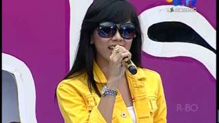 MAHA DEWI Live At Inbox (25-09-2012) Courtesy SCTV
