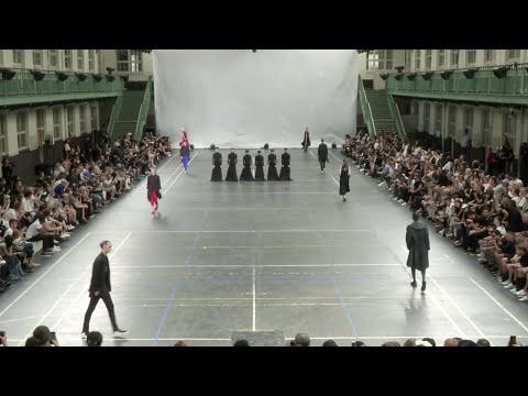 TAO Dance Theater陶身体剧场作品 《6》&  Yohji Yamamoto 山本耀司Y-3