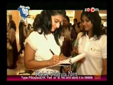 Kajol Visiting the Indian Merchant Chambers Women Entrepreneurs Exhibition
