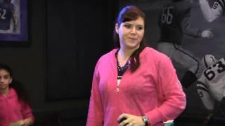 Playoff Video Karaoke - Tara singing Mamas Broken Heart