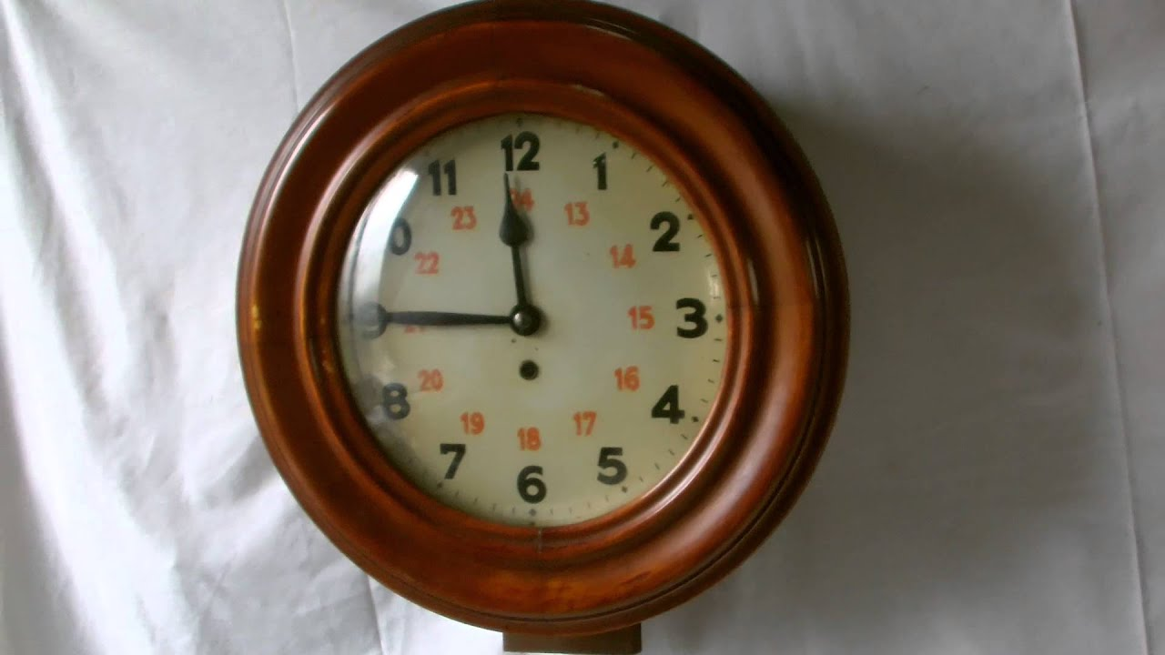 Hac round wall clock youtube hac round wall clock amipublicfo Choice Image