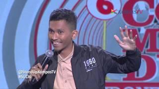 Video Dana: Ayam Goreng Bajakan (SUCI 6 Show 12) download MP3, 3GP, MP4, WEBM, AVI, FLV Maret 2017