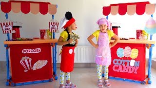 Ksysha VS Ksenia neighbor pretend play Ice Cream Shop