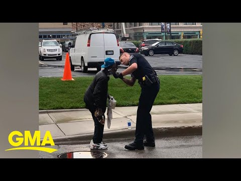 Maverick - Police Officer helps homeless man shave, kindness photographed by stranger