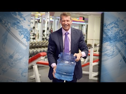 Vince McMahon takes part in the 'Ice Bucket Challenge'
