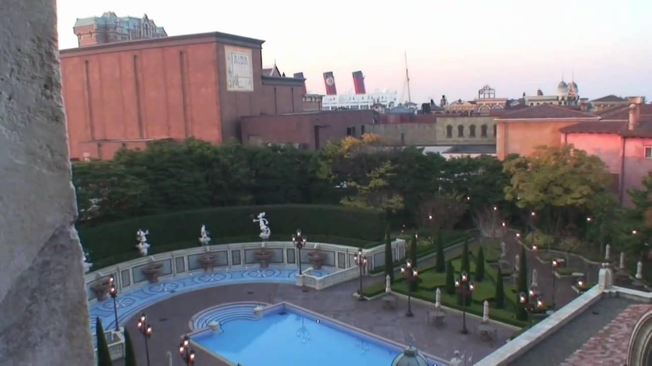 ホテルミラコスタ(ベネチアサイド)の窓からの眺め - YouTube