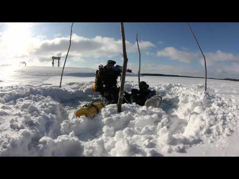 Wreck Diving Under Ice 2011