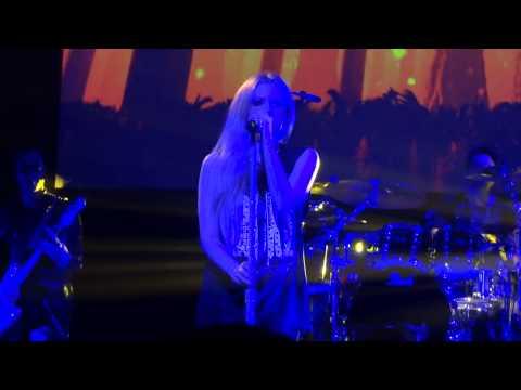 Avril Lavigne Hush Hush - Pacifico Yokohama 2014.2.3
