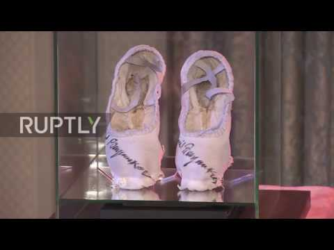 Russia: Sex and the City star's ballet shoes sell at auction for one million roubles
