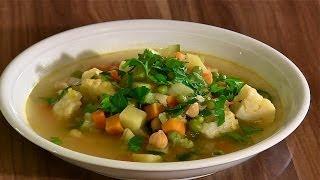 Minestrone-Gemüsesuppe-Gemüsebrühe-Gemüsefond-Italienische Gemüsesuppe-Gemüseeintopf