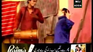 Zafri Khan singing and dancing: Pakistani stage drama