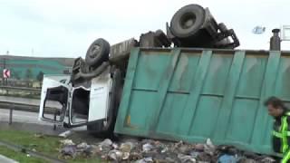 Kocaeli'de Kamyon Kazası: Sürücü Ağır Yaralandı