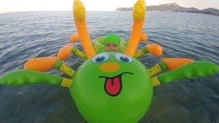 DEV TIRTIL , Büyük çok ayaklı deniz oyuncağı, eğlenceli çocuk videosu, toys unboxing