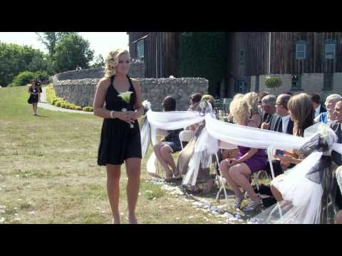 Bridal Party & Bride Walk Down The Aisle at Hernder Estate Wines Ontario Wedding Videography Photo