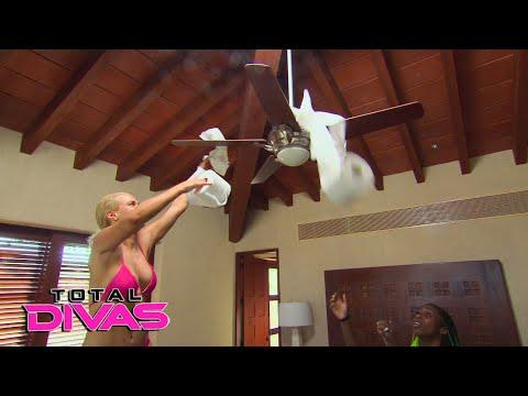 Lana and Naomi TP Natalya's room: Total Divas Preview Clip, Dec. 13, 2017