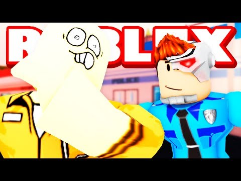 FIRST TIME PLAYING POLICE OFFICER IN ROBLOX JAILBREAK!!