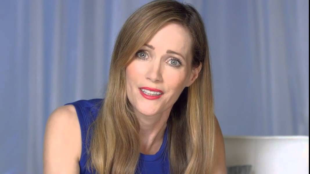 Jergens And Leslie Mann Youtube