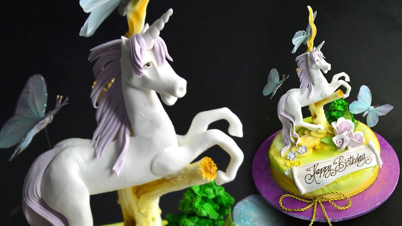 Sugar Unicorn Cake Topper