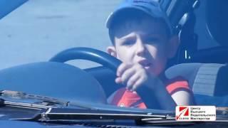 Ребенок за рулем в ДЕТСКОЙ АВТОШКОЛЕ БЦВВМ. Барнаул школьники ездят на машине Барнаул