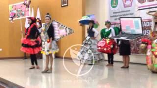 Fashion Show Recycle Baju dari Barang Bekas  ~ IKIP PGRI Madiun